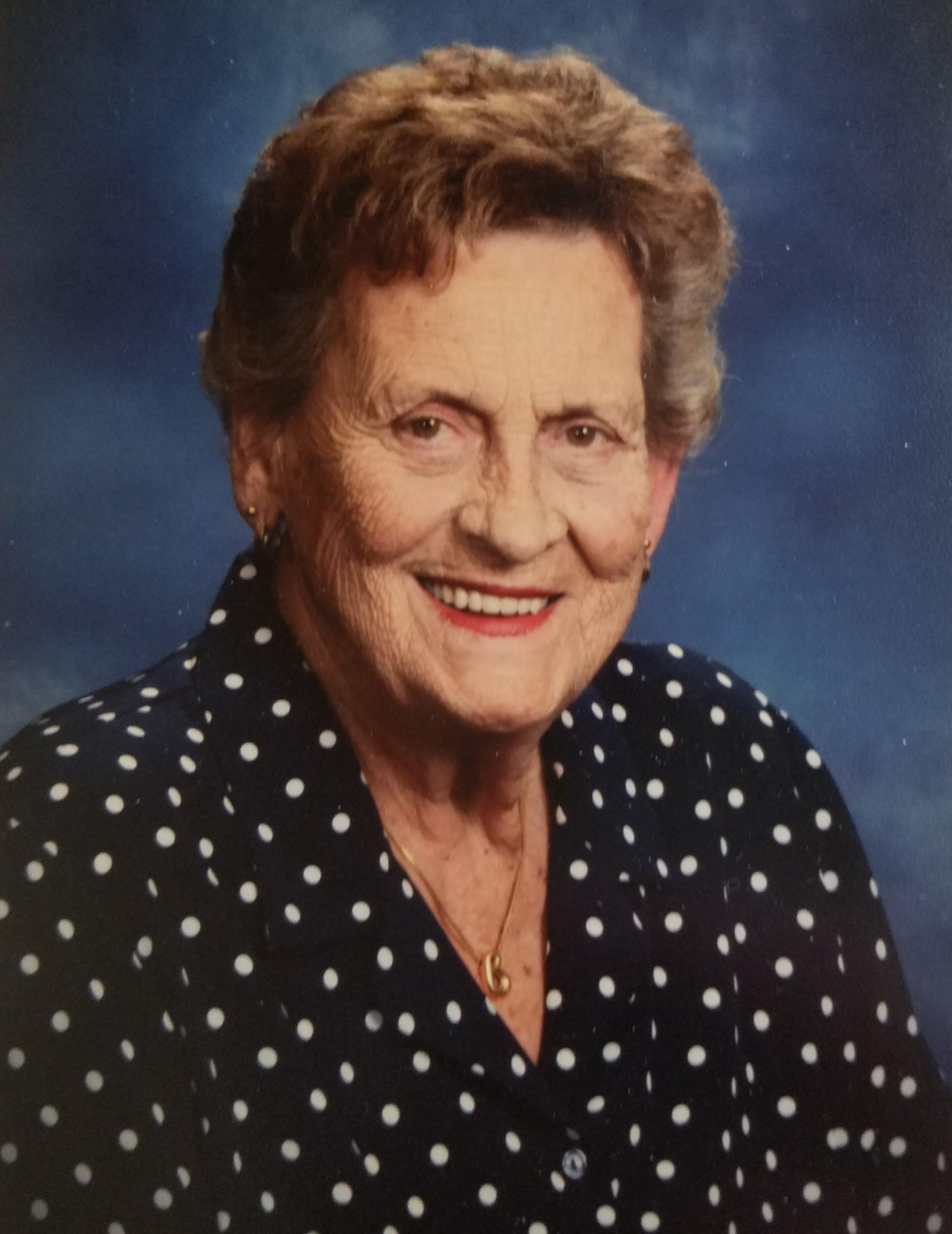 Beverly Jean Strang Smith