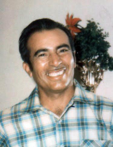 Ernesto M Chayrez