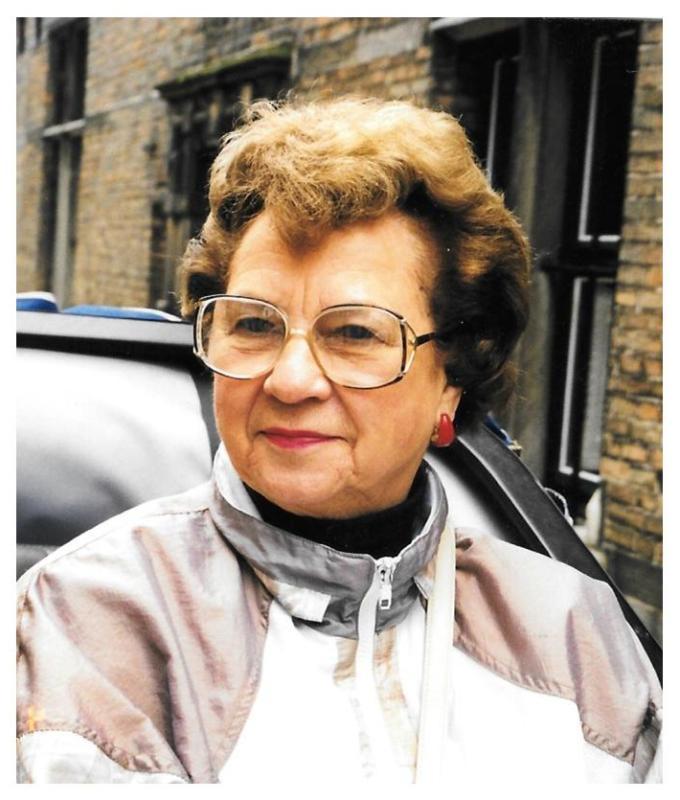 Lorraine Lindholm obituary pic
