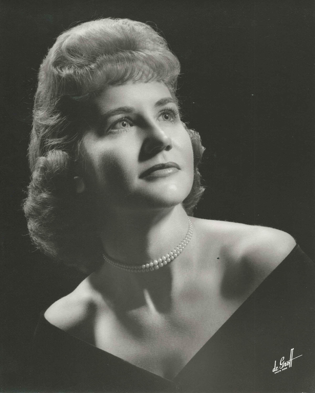 Maxine Jones Obit 2