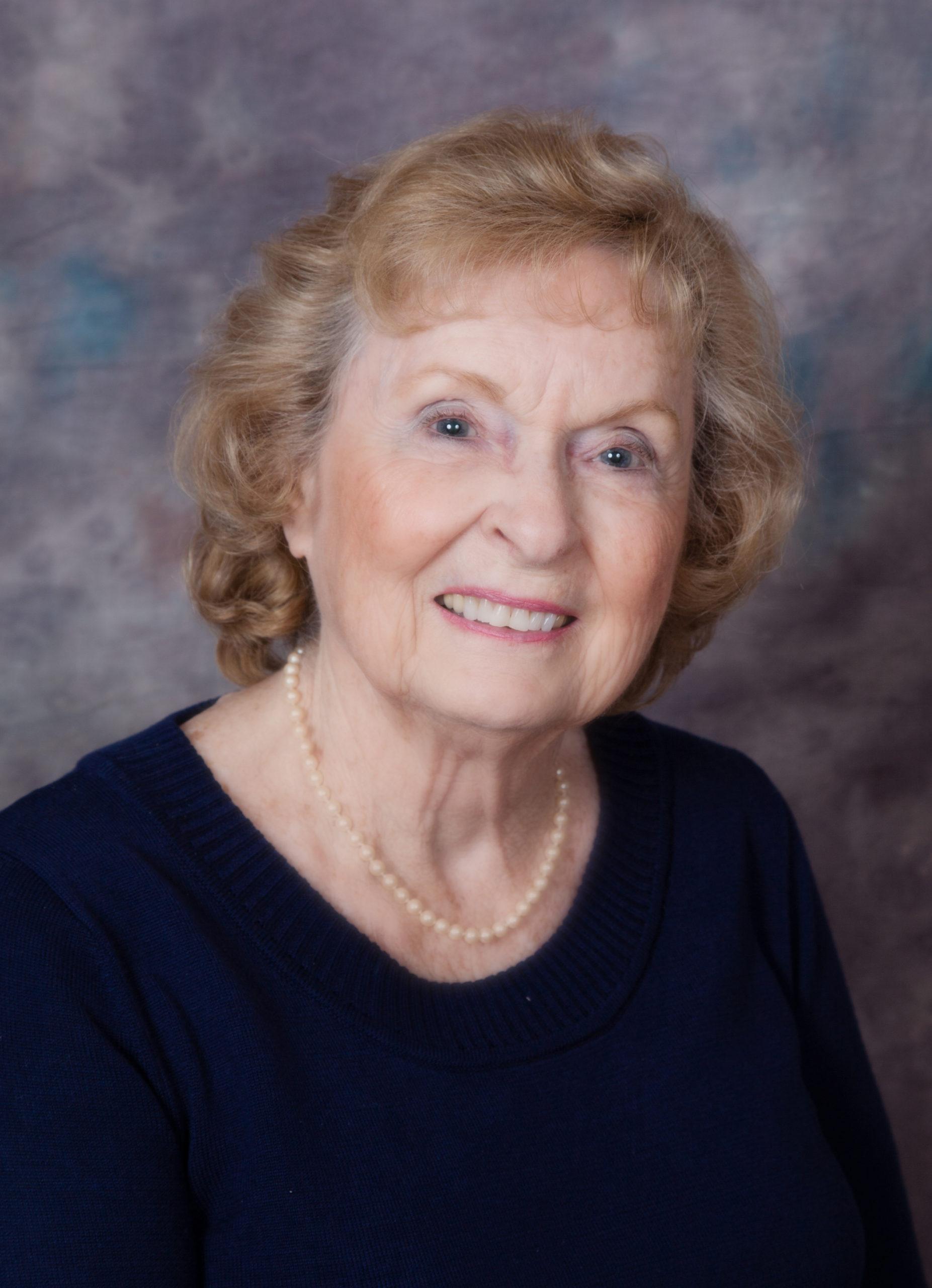 Myrtle E Hulet Obituary Photo scaled