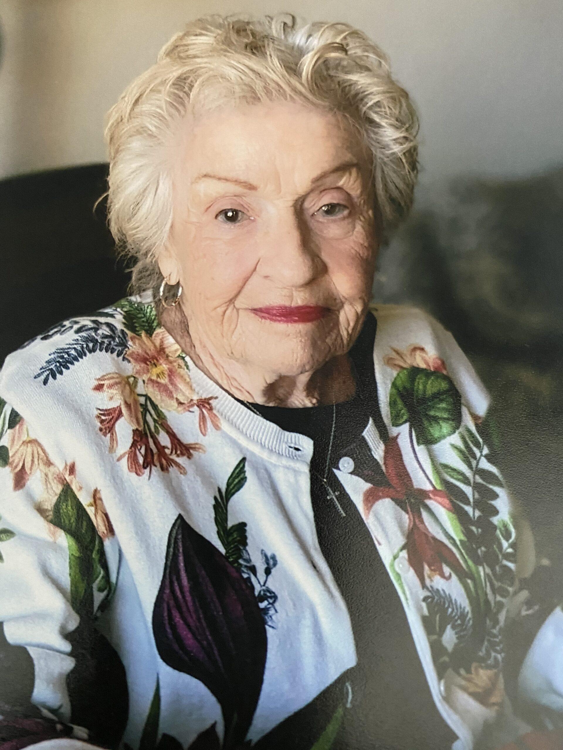 Stella Estrella Maloney