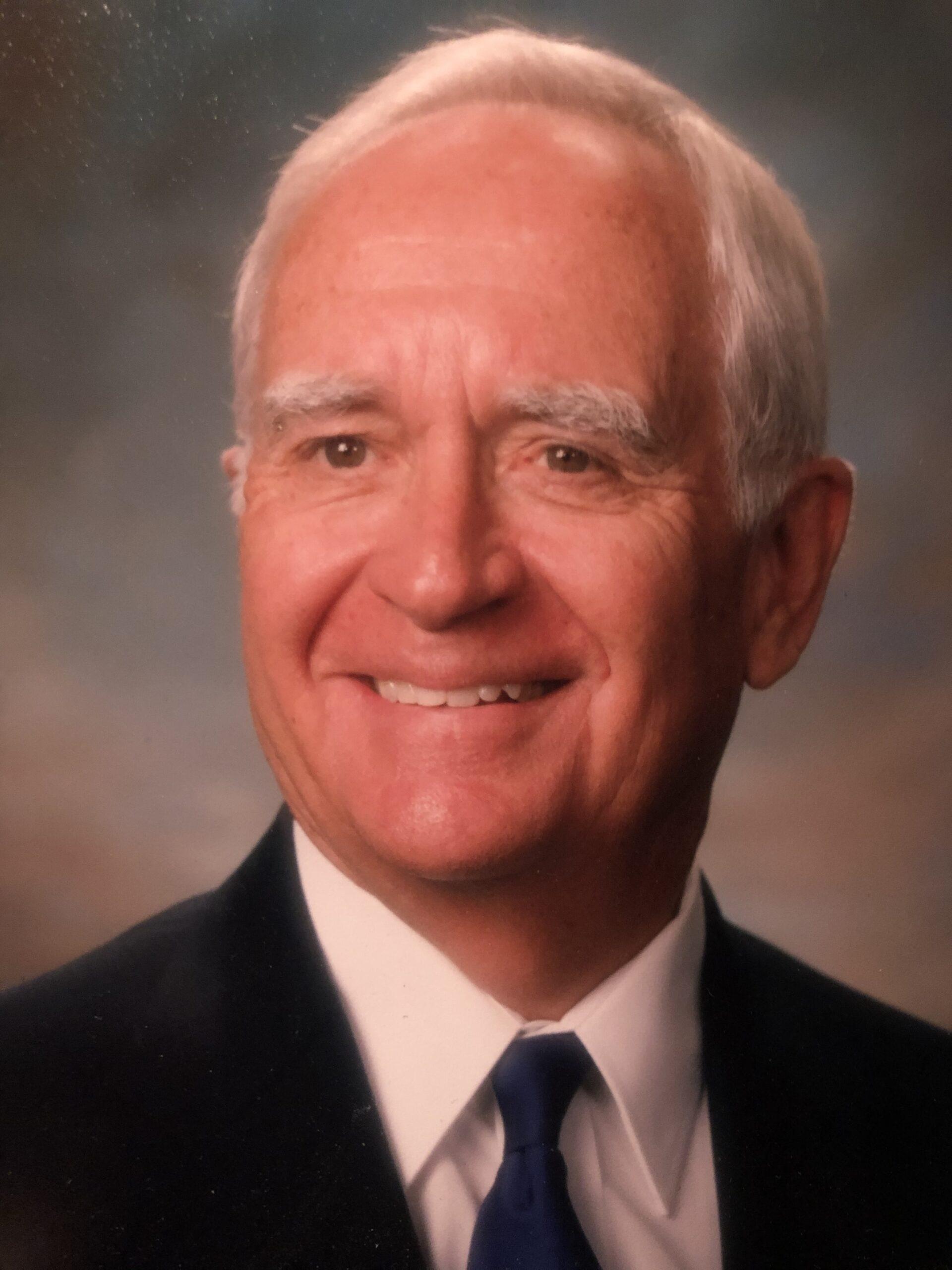 Tracy R. Thomas Sr